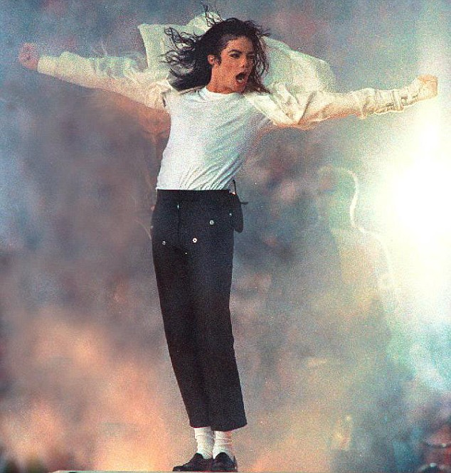 black or white Find album reviews, stream songs, credits and award information for black or white - michael jackson on allmusic - 1992.